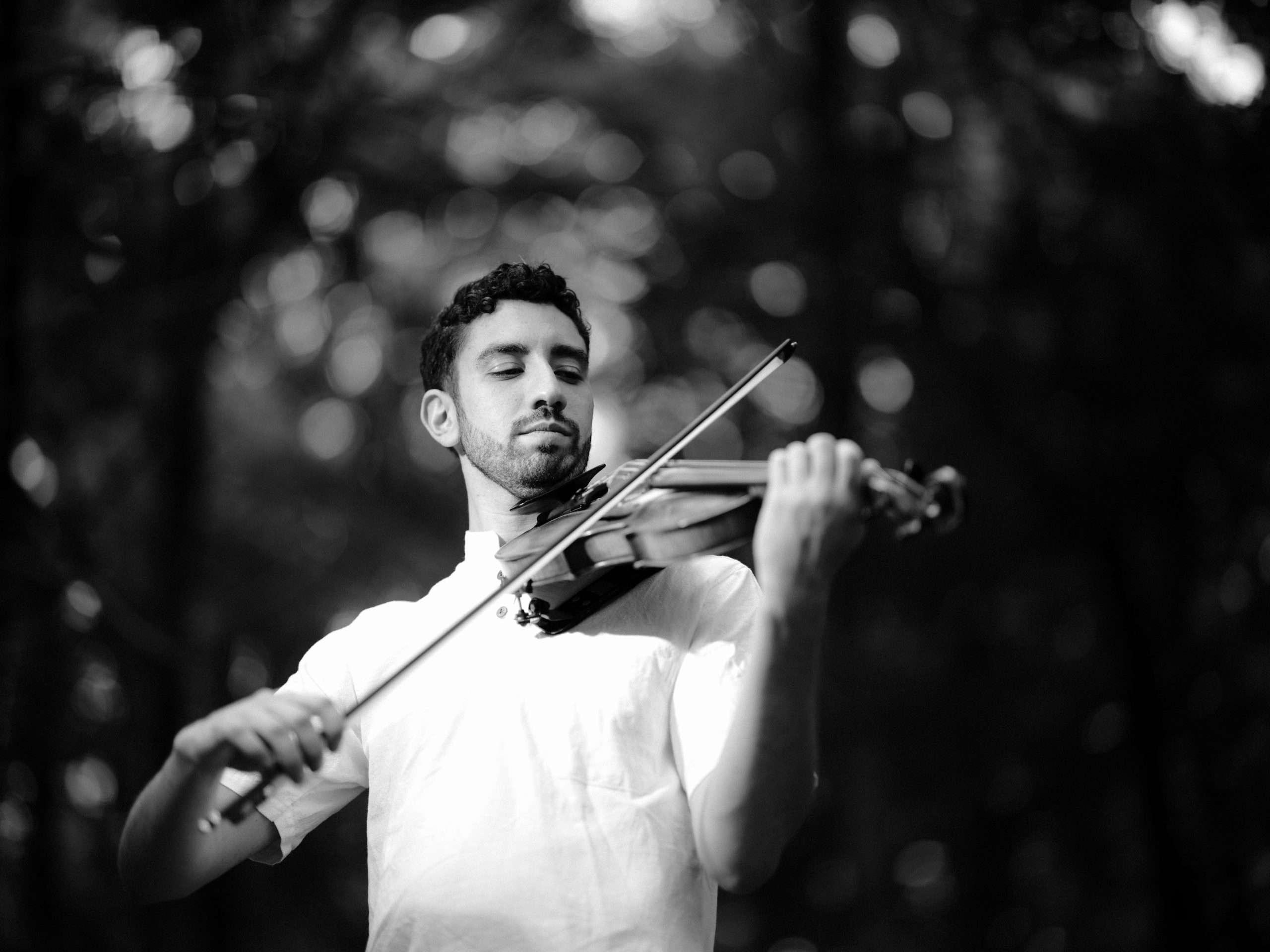 Yoni Battat with Violin