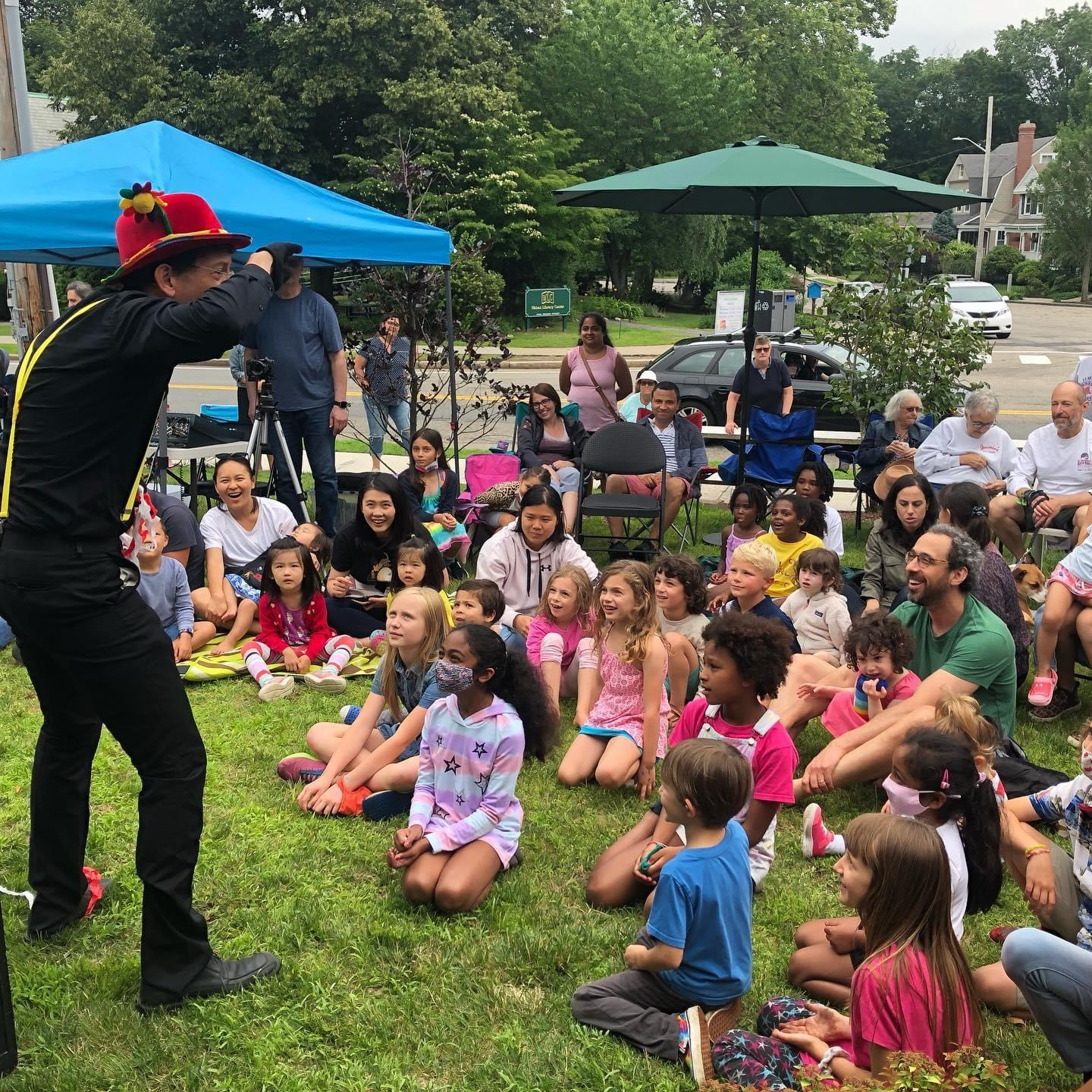 Magician with kids